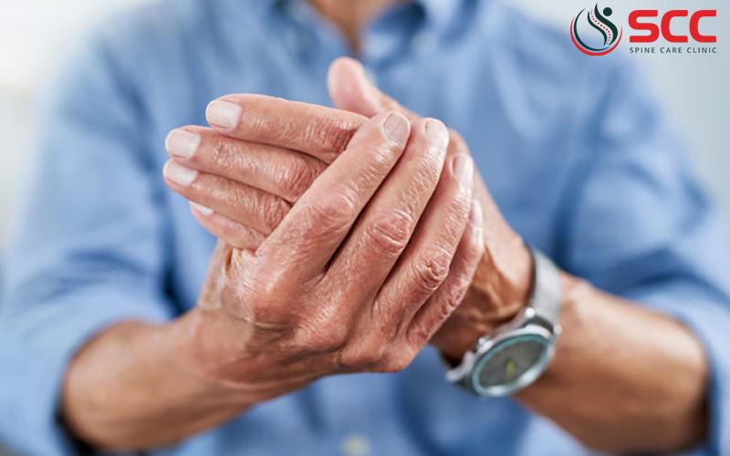 thoái hóa khớp bàn tay gây đau